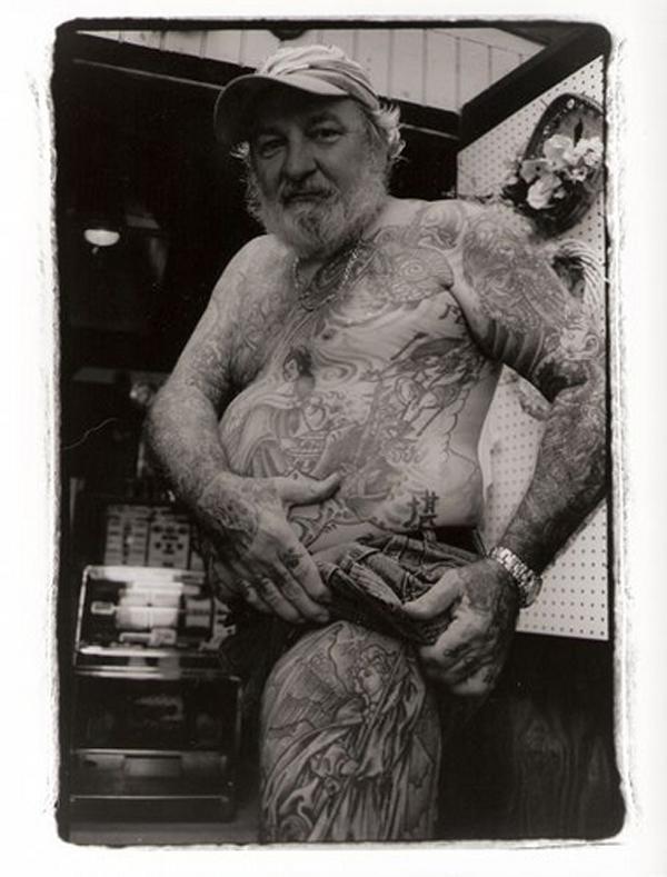 idosos-tatuados-03